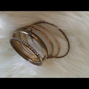 gold bracelet arrangement